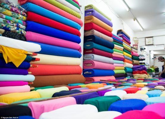 Chọn vải chất lượng cao để may áo đồng phục