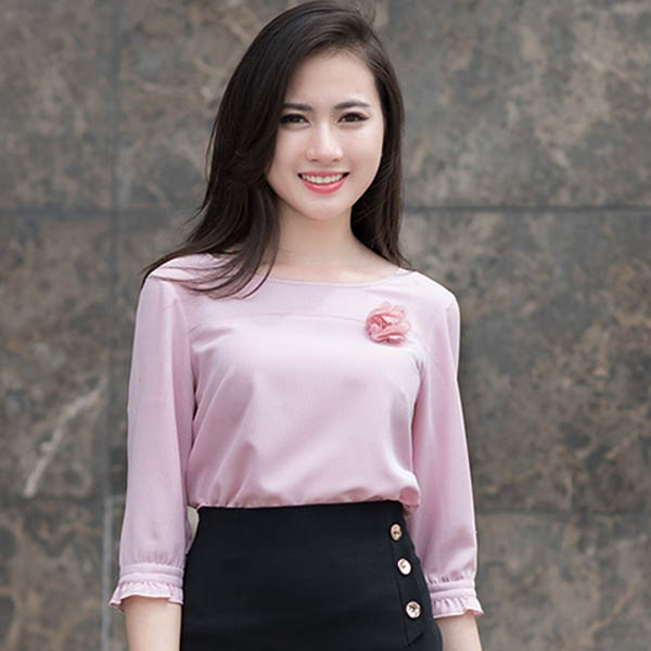Mẫu đồng phục công sở nữ đẹp sang chảnh