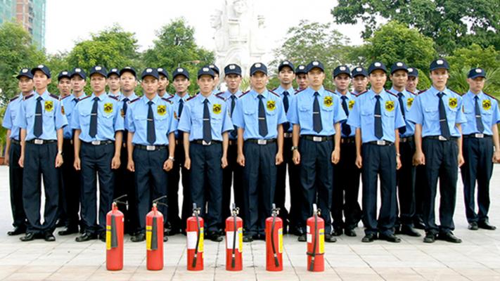 Hình ảnh đồng phục bảo vệ chuyên nghiệp